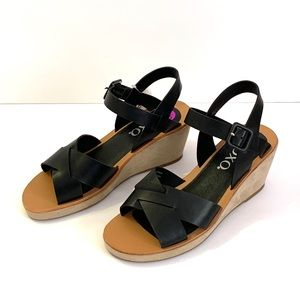 Xoxo Black Wedges shoes